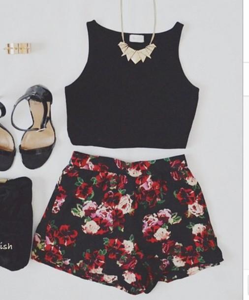 shirt crop top sleeveless shorts