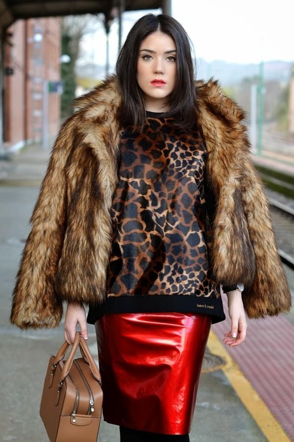 si las calles hablasen skirt sweater bag shoes coat jewels