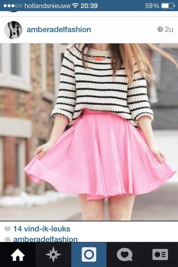 sweater stripes b&w warm winter outfits skirt