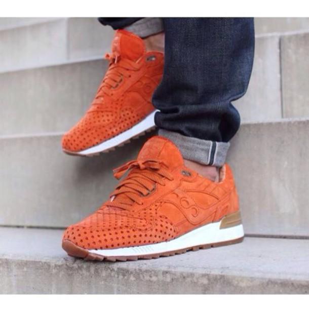 shoes saucony