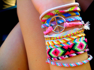 friendship bracelet bracelet brésilien jewels bracelets pink green yellow summer indie tumblr cute