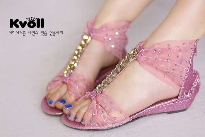 Aliexpress.com : Buy 2013 comfortable kvoll rhinestone women's flat sandals female shoes from Reliable flat sandals shoes suppliers on Online Store 221024.