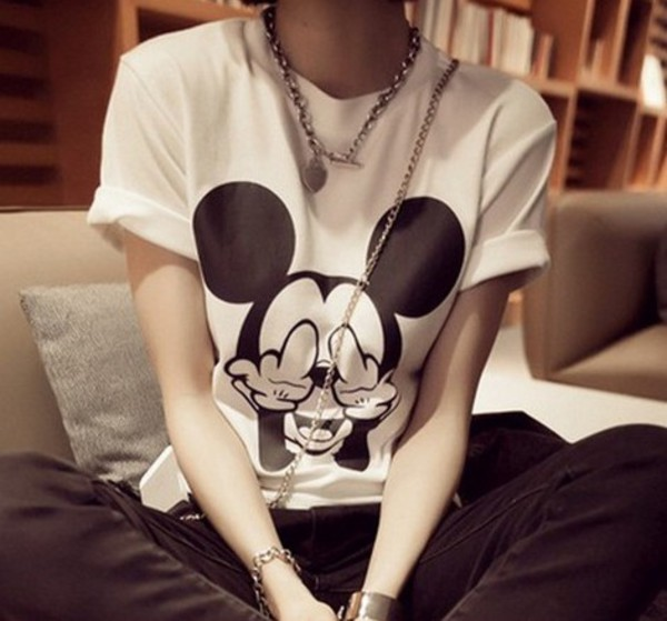 t-shirt tees t-shirt t-shirt dress shirt mickey mouse mickey mouse hands bracelets necklace
