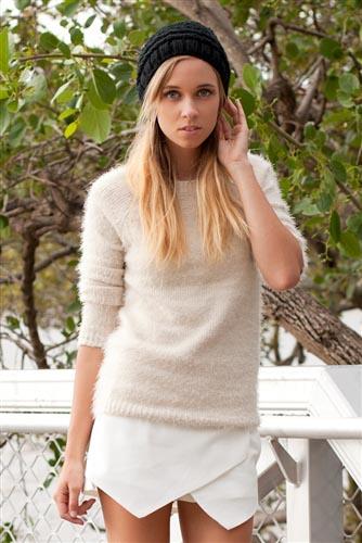 Shop Fashion Avenue - Fluffy Knit