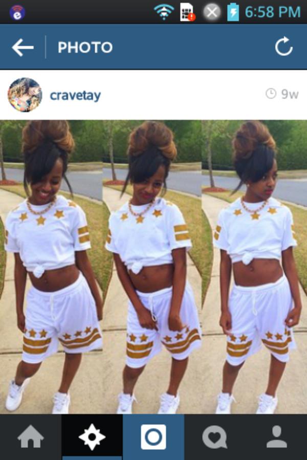 shorts white blouse stars tay gold pants