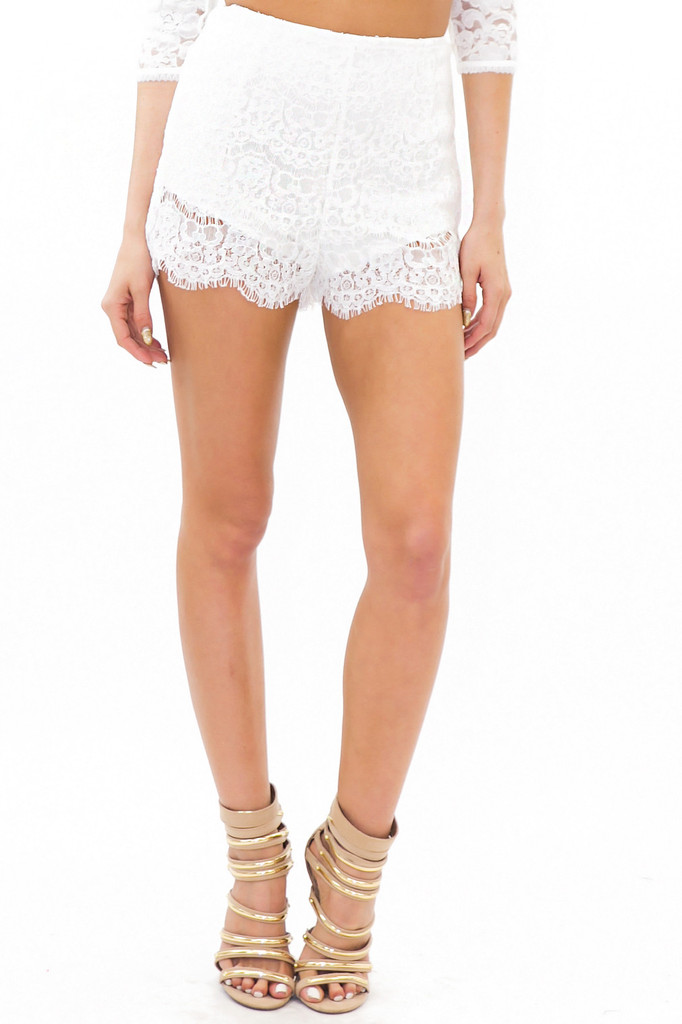 LATE AFTERNOON LACE SHORTS - White | Haute & Rebellious