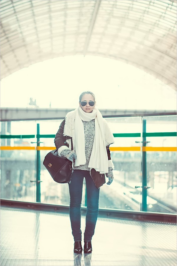 my blonde gal sweater bag shoes sunglasses coat