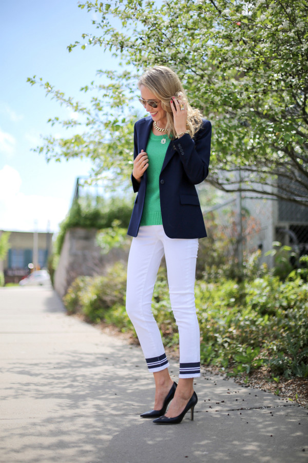the classy cubicle jeans sweater jacket shoes jewels sunglasses