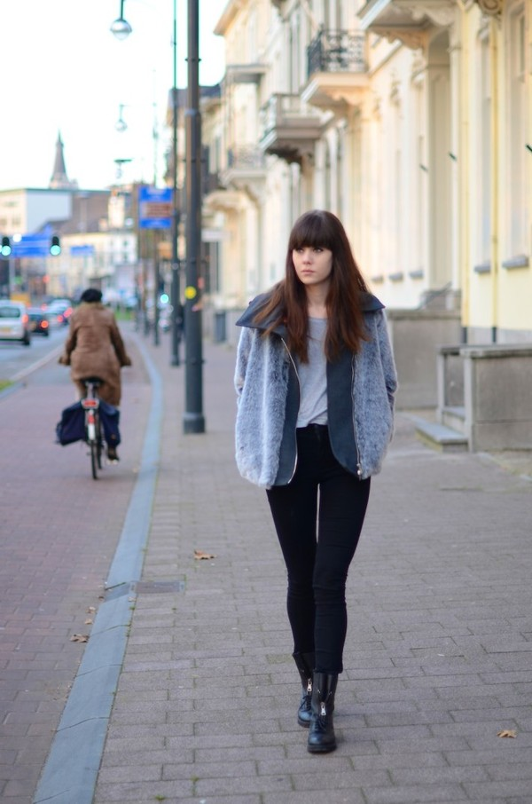 lovely by lucy jacket t-shirt jeans shoes