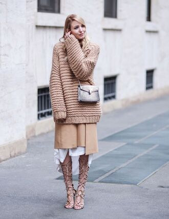sweater tumblr chunky knit beige sweater oversized sweater oversized bag grey bag bulgari serpenti bag skirt nude skirt midi skirt sandals sandal heels high heel sandals knee high gladiator sandals gladiators