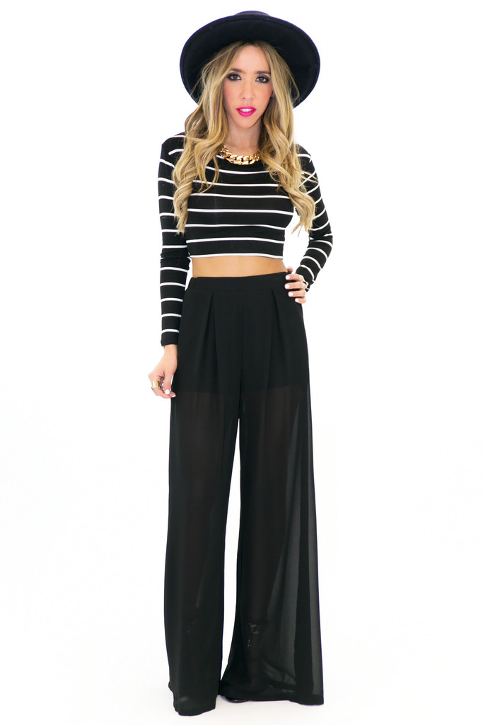 KIRBY STRIPED CROP TOP - Black | Haute & Rebellious