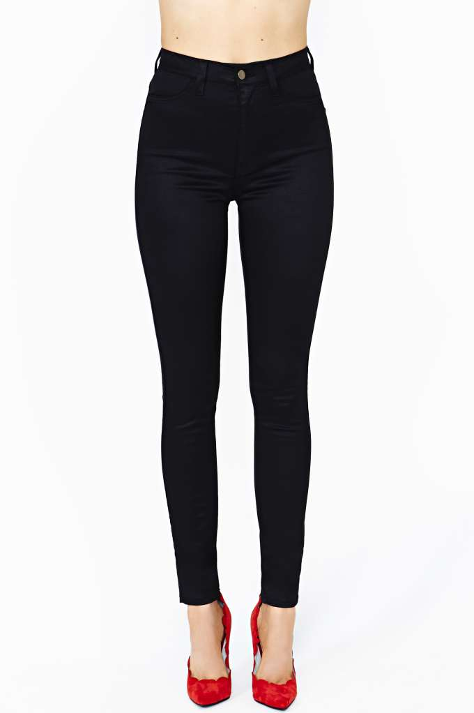 Run Smooth Skinny Jeans  in  Clothes Bottoms Denim at Nasty Gal