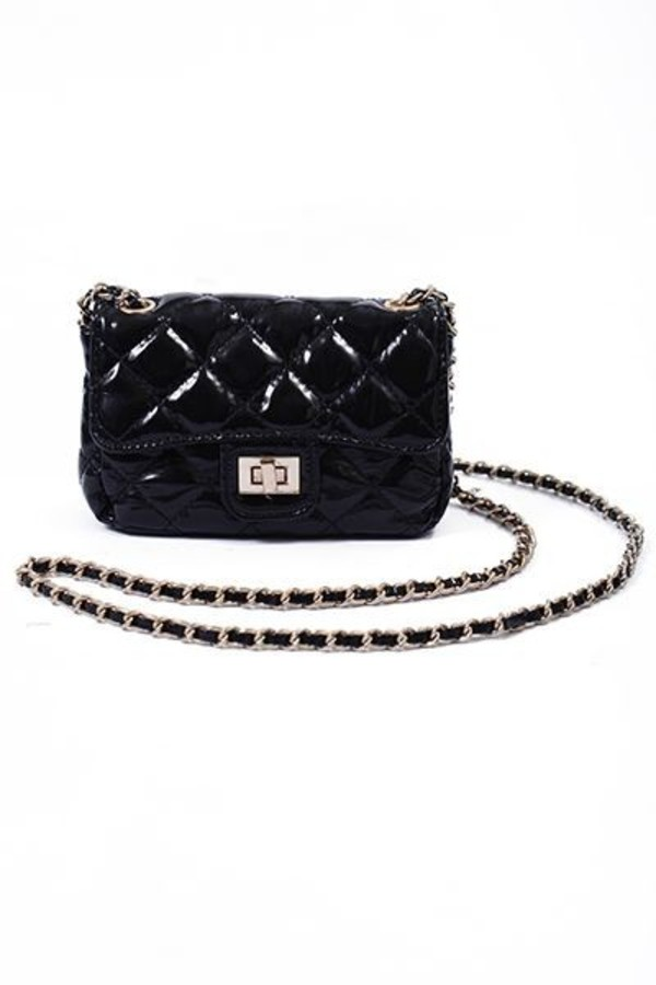 bag purse clutch chain strap bag fashion style instastyle instagram look of the day fashion blog fashion blogger chain bag