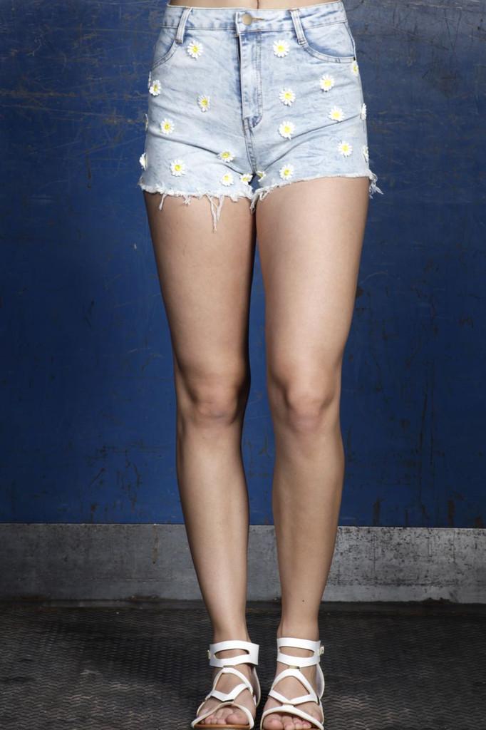 EDC Daisy Denim Shorts | Obsezz