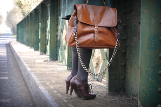 brown bag bag leeloo