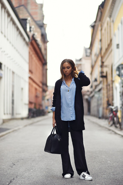 lisa olsson blogger cardigan adidas shoes wide-leg pants blue shirt bag shirt pants shoes jewels