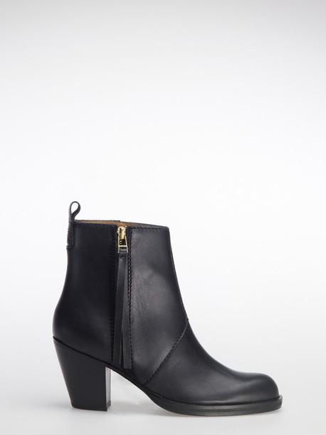 medium heels boots black shoes shoes