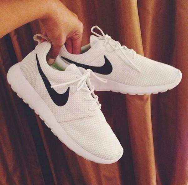 shoes nike running shoes nike roshe run black white nike nike free run