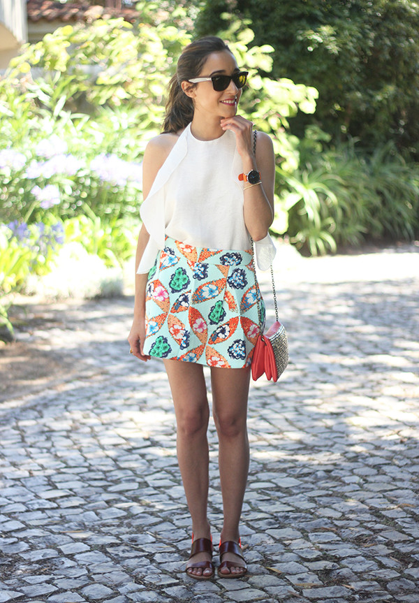 besugarandspice skirt top shoes jewels sunglasses