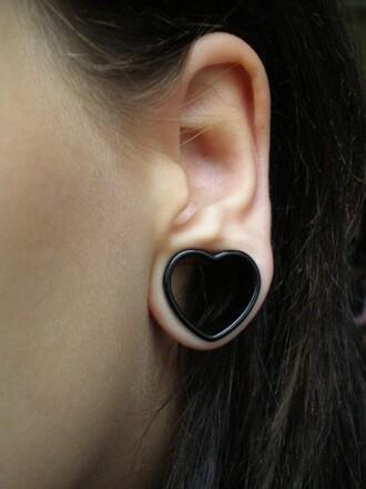 jewels tunnel heart black heart black heart shaped tunnel ear plug heart shaped earrings tumblr jewelry black plug earings cute spacers strechers