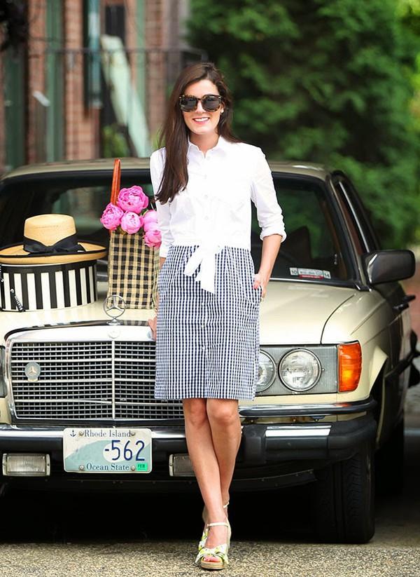 classy girls wear pearls dress shoes bag hat jewels