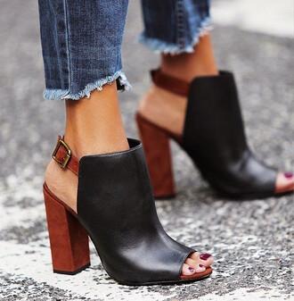 shoes stacked wood heels wood heels high heels black heels