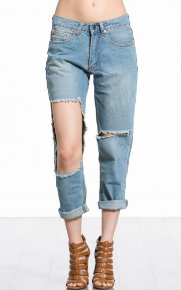 Cut Out Boyfriend Denim Jeans | MakeMeChic.com