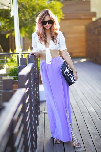 t-shirt shoes skirt bag jewels late afternoon