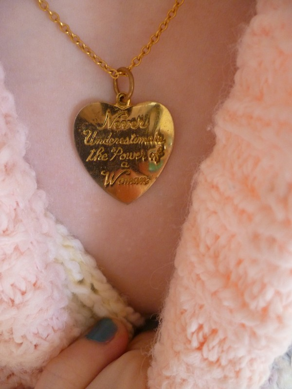 jewels necklace quote on it heart gold type
