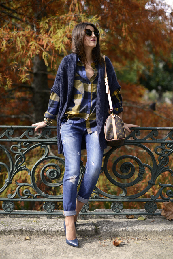 lovely pepa sweater shirt jeans shoes bag jewels sunglasses