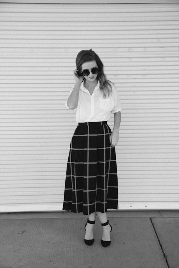 the day book shoes skirt t-shirt sunglasses