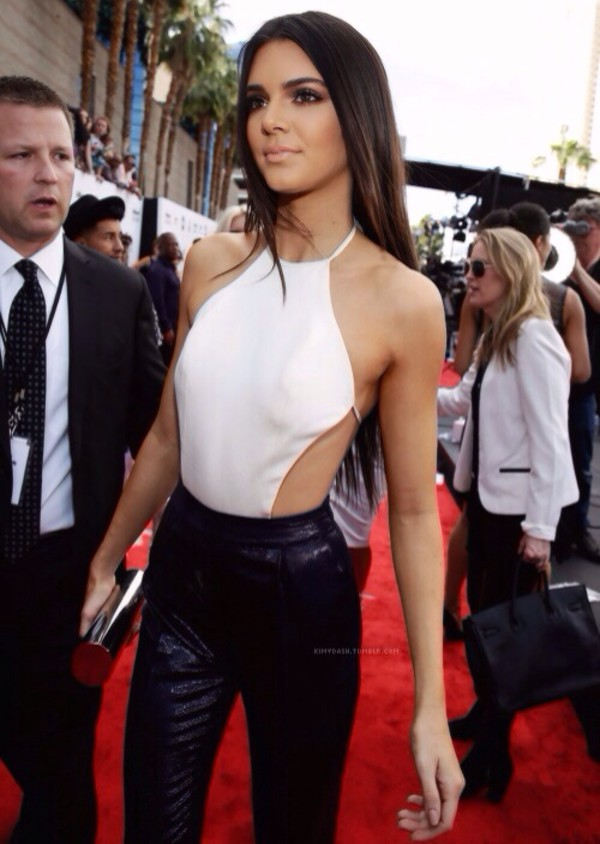 blouse white chiffon cream pearl kendall jenner kendall jenner kardashians strappy halter neck tight cut midriff fashion red carpet model icon celebrity top shirt tie up thanks xox