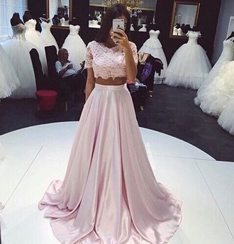 dress lace dress lace pastel two piece dress set white dress lace top pink dress pink flowers top wedding prom skirt clothes wedding clothes prom dress beige rose cute long dress maxi dress tulle skirt white two-piece crop tops silk maxi skirt pretty light pink gown pink prom dress