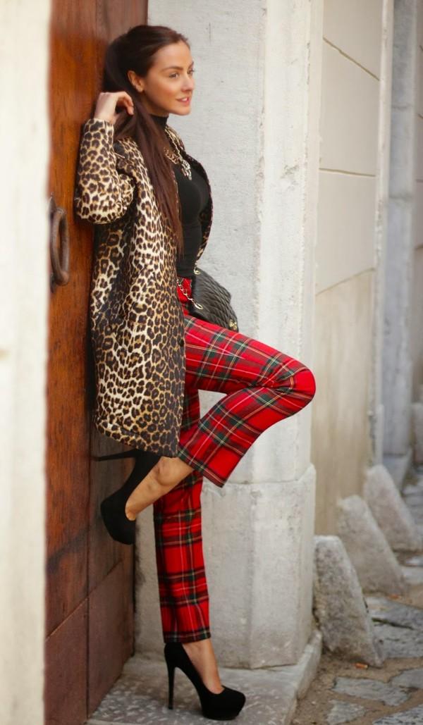 marie zamboli pants coat bag jewels shoes
