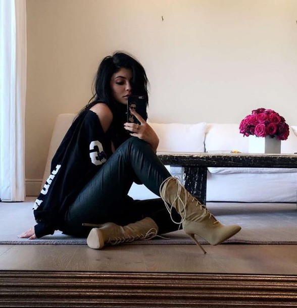 shoes boots top kylie jenner kardashians instagram