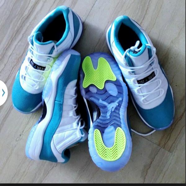 shoes aqua 11's concords