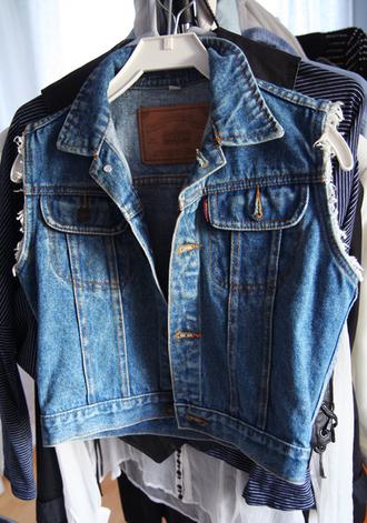 jacket vest denim denim jacket denim vest summer jeans ripped distressed vest cute hot love tumblr blue blouse sleeveless