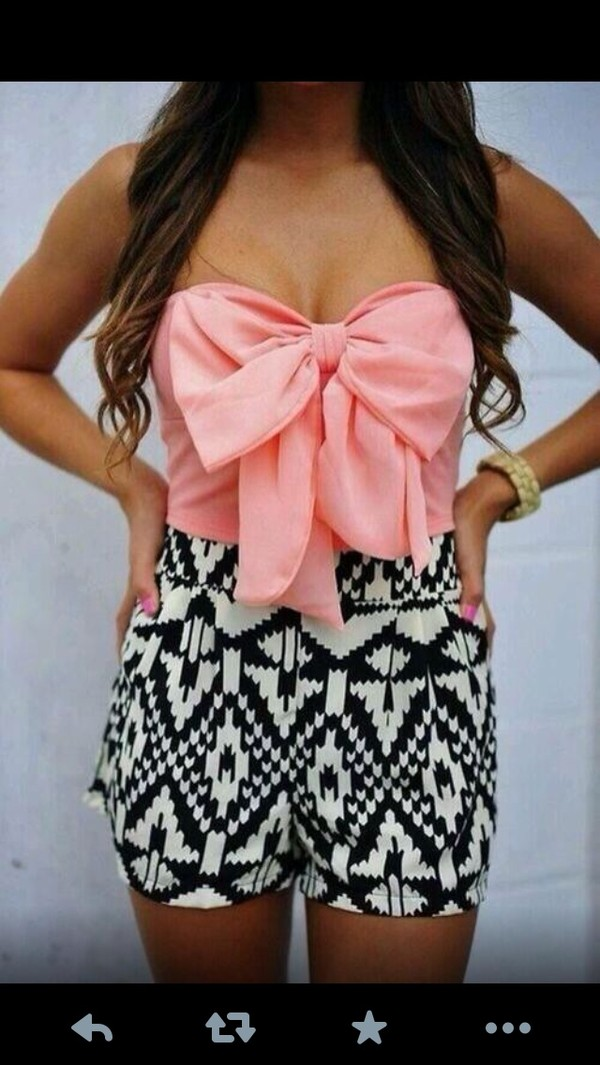 shorts aztec print black and white shirt romper aztec short pink bow aztec shorts tank top dress pink crop tops bow tube top High waisted shorts blouse