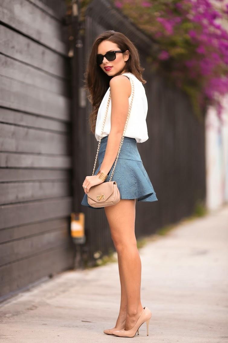 Nany's Klozet: A white leather top...