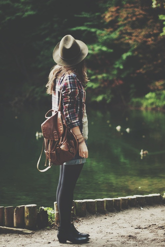 shirt wild girl vintage hipster bag shoes leather backpack flannel shirt fall outfits