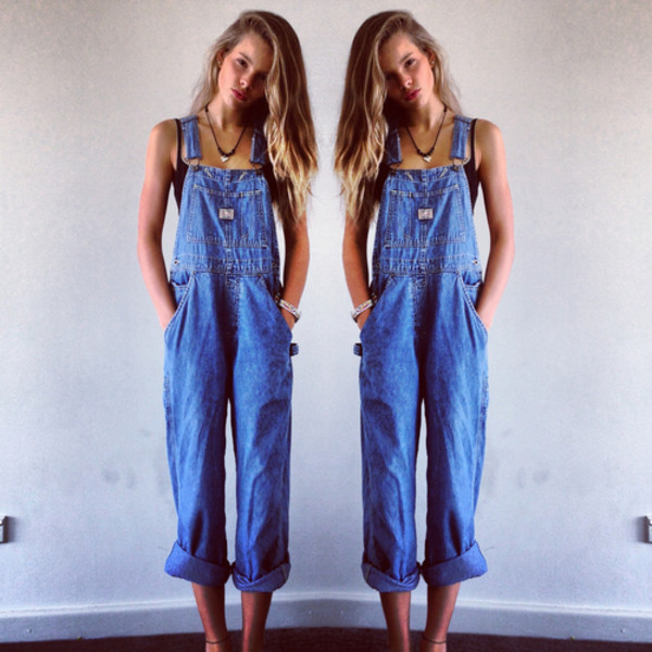 jeans dungarees pants overalls blue denim vintage long baggy loose loose clothes denim overalls blue overalls jumpsuit levis overalls denim overalls jumper levi's shorts levi's romper overalls denim jumpsuit indie top accesoire necklace hipster gypsy fall outfits bra ripped jeans boho blue jeans denim ripped jeans boho ring