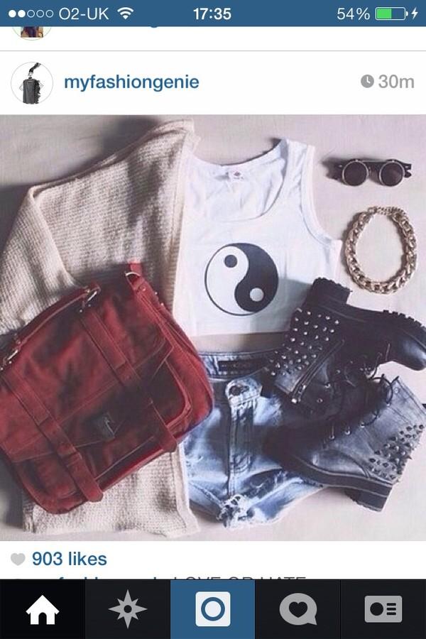 tank top yin yang hipster biker boots shorts levi shorts cardigan sunnies bag sunglasses jewels shoes