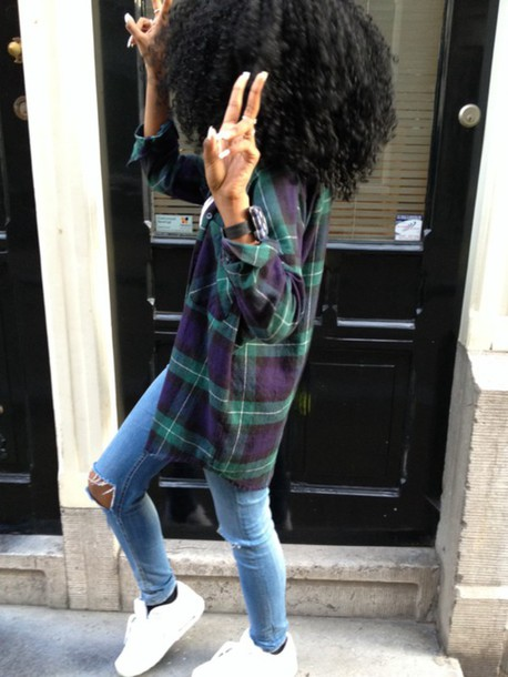 blouse flannel shirt plaid jacket jeans plaid sweater ripped jeans flannel shirt t-shirt nike shoes rings and tings curly hair african american black girls killin it pants nike plaid shirt oversized green purple curly hair