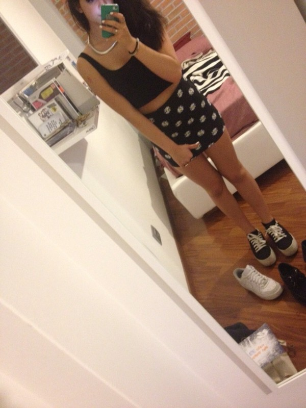 skirt ring bracelets necklace tank top jeffrey cambell jewels shoes nail polish