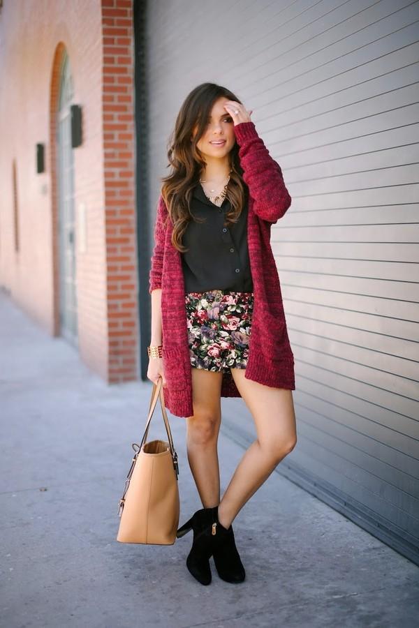 nany's klozet bag sweater shorts blouse shoes jewels