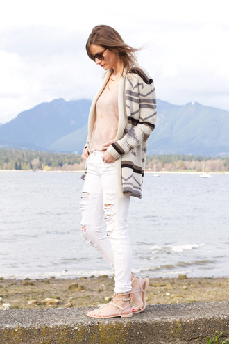 styling my life blogger white ripped jeans aztec sweater spring outfits printed cardigan