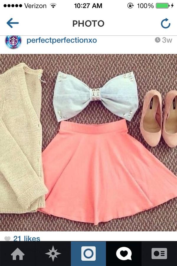 t-shirt bow cute grey top pretty skirt