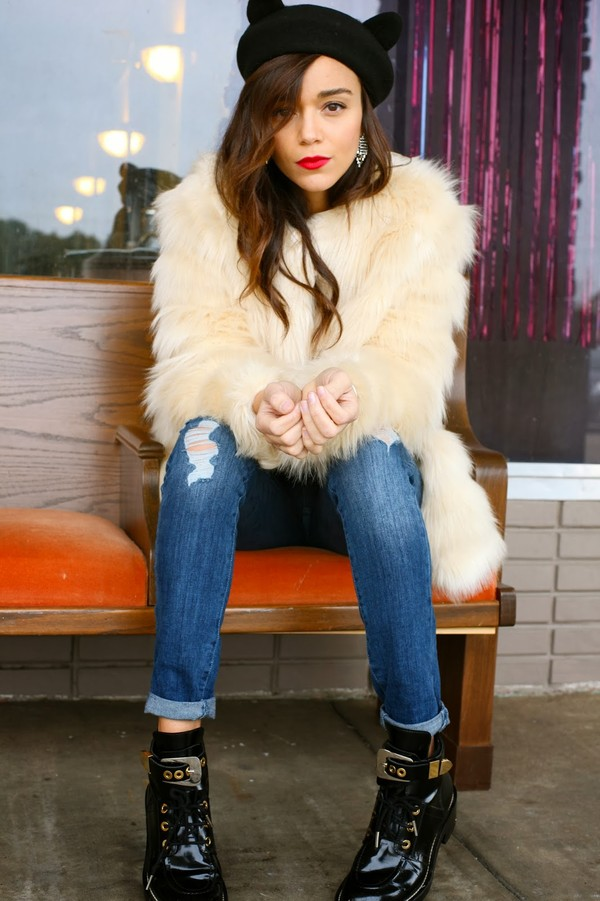 ring my bell coat t-shirt jeans shoes jewels hat