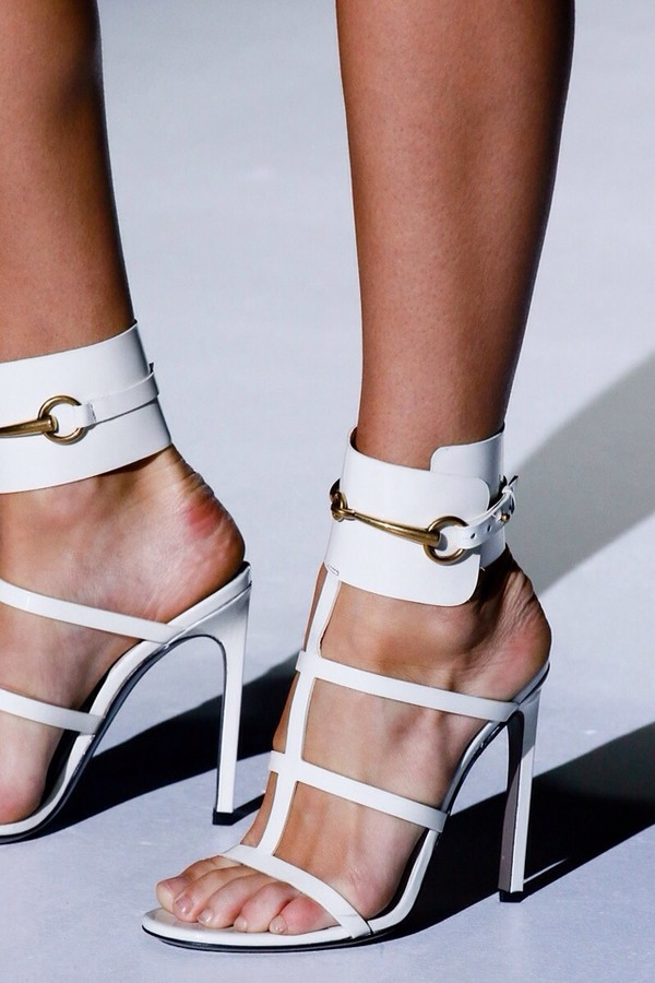 shoes gucci white sandals