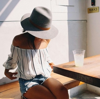 top off the shoulder slouch slouchy stripes stripy pinstripe pinstripe blouse hat fedora shorts indie boho hippie urban denim cool girl summer clothes blouse white top striped top stylish style trendy outfit idea fashion inspo tumblr tumblr outfit tumblr shirt tumblr top tumblr girl cute indie boho blogger fashionista chill rad casual on point clothing grey hat off the shoulder top striped off shoulder top puffed sleeves